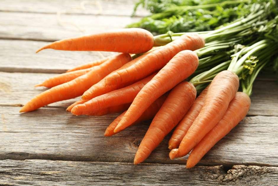 Beneficios de la zanahoria cruda y por qué comerla