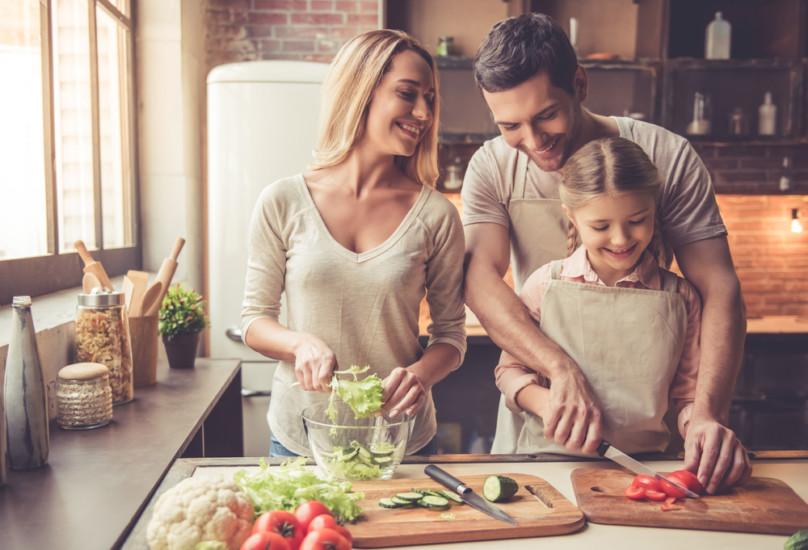 Recetas con tomate crudo frías y sanas, las mejores